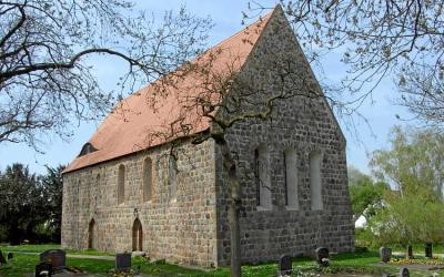 Stifterfiguren der Cremzower Kirche